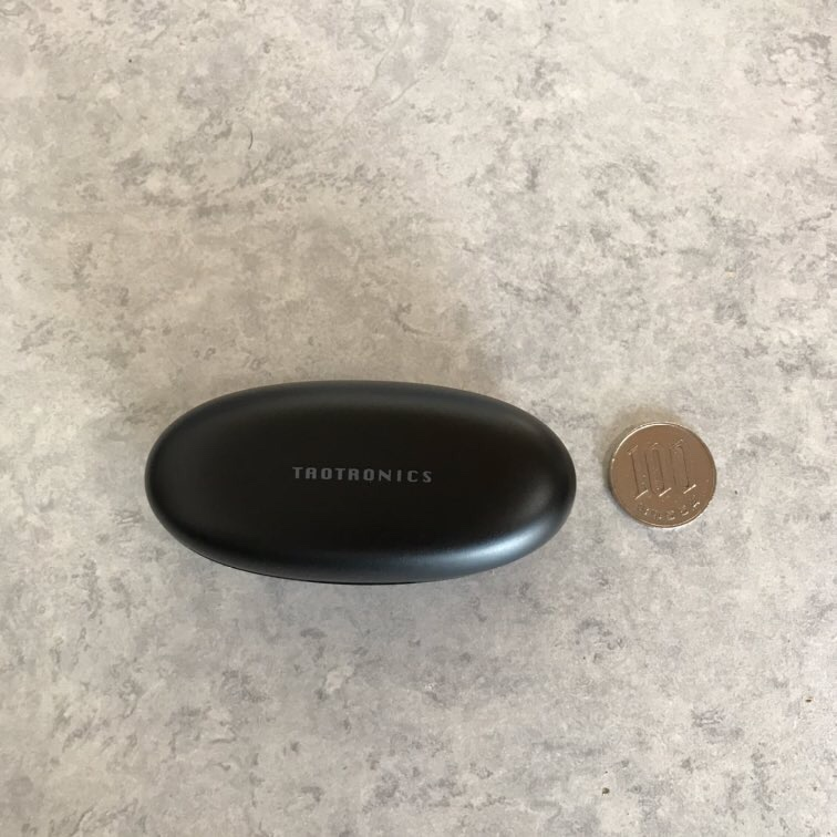 製品とコインの大きさ比較