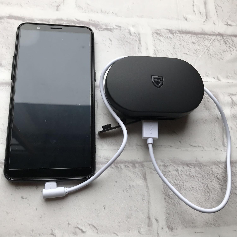 モバイルバッテリーとして使用も可能
